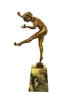 25 February 2016 - New Dealer at Grays Antiques: Decart7 Collectables - 'The Juggler'. 1920s cold painted gilt bronze by Colinet. Offered by Decart7 http://graysantiques.blogspot.co.uk/