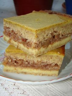 Cristina's world: Prajitura turnata cu mere - dukan style Romanian Food, Dukan Diet, Sugar Free Recipes, Homemade Cakes, I Foods, Sweet Treats, Deserts, Easy Meals, Food And Drink