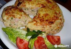 Sonkás rakott palacsinta Waffles, Pancakes, Hungarian Recipes, Hungarian Food, Eggs, Meat, Chicken, Breakfast, Morning Coffee