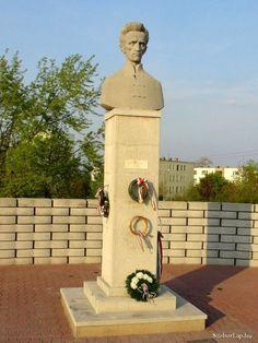 Petőfi Sándor mellszobra - Százhalombatta (Bocskai Vince, 2012)   Köztérkép