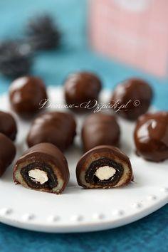 Owoce suszone w czekoladzie z marcepanem