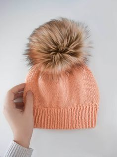 Ribbed Double Brim Knit Hat - Free pattern and tutorial from Knifty Knittings fo. : Ribbed Double Brim Knit Hat – Free pattern and tutorial from Knifty Knittings for Yarnspirations. Beanie Knitting Patterns Free, Beanie Pattern Free, Free Knitting, Free Pattern, Knitting Hats, Knit Hats, Child Knit Hat Pattern, Hat Patterns, Knitting Basics