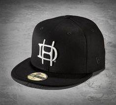 This men s baseball cap masters street style and clean lines. Less is more  with the · Harley Davidson ... a18e6e8550b7