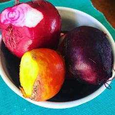 """""""Beet boiling time! I just love the colors 😊 These are all from the @botanical_interests 'Gourmet Blend' seeds that we planted this spring. Can't wait to try them! #beetsfordays #bumpercrop #growyourownfood #botanicalinterests #eattherainbow #organicgardening #harvest #urbangarden"""" - millennialgardengal (Instagram)"""