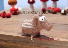 Bezauberndes kleines Wildschweinchen, handgefilzt von Filz-Michel auf DaWanda.com