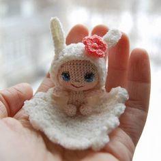 Рост малышки 4,5 см #crochet #вязанаякукла #crochetdoll #baby #амигурумикукла #amigurumidoll #amigurumi