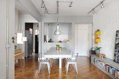 O projeto deste apartamento visa o estilo industrial, mas sem perder o aconchego de uma casa. Outras exigências do jovem casal dono da residência foram não