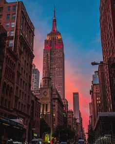 Empire State Building by @nyphil - The Best Photos and Videos of New York City including the Statue of Liberty, Brooklyn Bridge, Central Park, Empire State Building, Chrysler Building and other popular New York places and attractions.