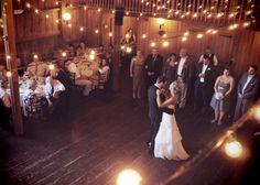Love barn weddings.