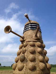 Haystack Dalek from Doctor Who! The Art of Hay Sculpture | Mental Floss