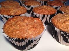 Sunde muffins med havregryn, banan, æble og kanel - Opskrift-kage.dk