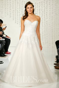 A strapless sweetheart wedding dress by @watterswtoo | Brides.com