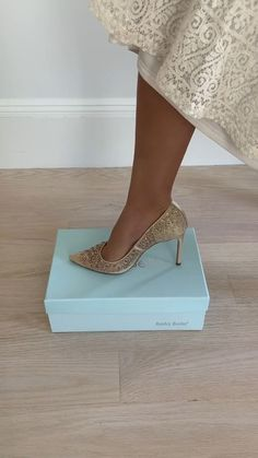 So many pretty shoes! Not sure which one to get? Pause this video and see which shoe you should get!