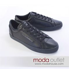 New Arrival DOLCE & GABBANA SNEAKERS, AED 1,295 after discount @ Moda Outlet. All our items are genuine and 100% authentic. www.modahouse.com #dolce #sneakers #uaefashion #uae #dubai #dxb #modahouse #modaoutlet
