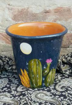 High There - garden pot design Terracotta Flower Pots, Ceramic Flower Pots, Ceramic Pots, Painted Clay Pots, Painted Flower Pots, Flower Pot Crafts, Clay Pot Crafts, Succulent Gardening, Garden Pots