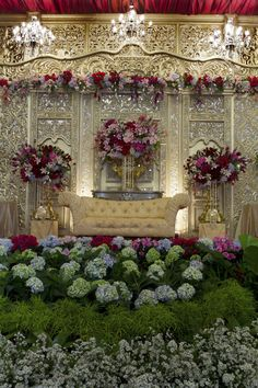 Backdrp flower decor pinterest javanese wedding and decoration javanese extravagant wedding junglespirit Images