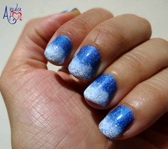 Manicure based on   1. Pupa Holographic Nail Polish 034 Denim Blue  2. MIYO Mini Drops 40 Ice Ice Baby  3. Essence Nail Art Sepcial Effect Topper 03 Hello Holo!