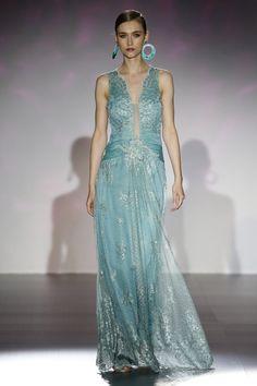 Gown for Cresseida - Patricia Avendaño 2016 Bridal Dresses, Prom Dresses, Formal Dresses, Long Dresses, Elegant Dresses, Vintage Dresses, Beautiful Dresses, Couture Fashion, Fancy Dress