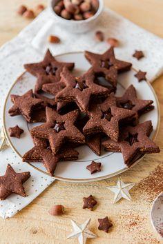 Biscuits de Noël au chocolat et à la noisette Churros, Christmas Baking, Christmas Time, Paleo Dessert, Cupcake Cookies, Truffles, Gingerbread Cookies, Cookies Et Biscuits, Caramel