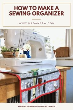 It's a very simple project with just one little challenge: we're going to use vinyl for the pocket. But don't worry, there are plenty of tricks to make sewing with vinyl as simple as can be.