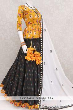 Palkhi fashion presents black patola premium cotton silk chaniya choli with peplum blouse & white soft silk resham handwork dupatta. Garba Dress, Navratri Dress, Choli Dress, Garba Chaniya Choli, Indian Fashion Dresses, Dress Indian Style, Indian Designer Outfits, Indian Outfits, Indian Gowns