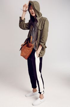 Madewell Fall looks - I could do this with my leather tuxedo stripe pants from JCrew! Sport Fashion, Fashion Outfits, Fashion Clothes, Tuxedo Stripe Pants, Field Jacket, Sporty Chic, Fall Looks, Pants Outfit, What To Wear