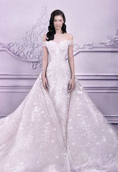 Michael Cinco Wedding Dresses 2014 with Show-Stopping Designs. To see more: http://www.modwedding.com/2014/09/06/michael-cinco-wedding-dresses-2014-show-stopping-designs/ #wedding #weddings #wedding_dress
