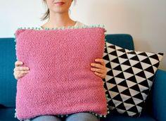 LE COUSSIN VANILLE-FRAISE(-MENTHE) DIY pas à pas pour réaliser une housse de coussin en tricot www.lesyeuxenamande.com