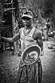 Jan-Joseph Stok - Mobiles sang, coltan au Congo.