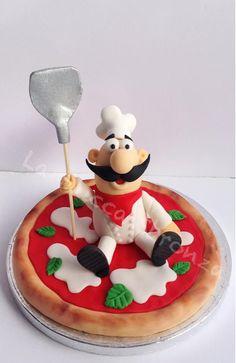 cake topper for the pizza lovers. Fondant Cake Toppers, Fondant Cakes, Cupcake Cakes, Fondant Figures, Beautiful Cakes, Amazing Cakes, Cake Original, Chef Cake, Pizza Cake