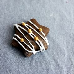 Soft gingerbread with molasses