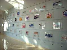 58 Ideas wall display company for 2019 Office Space Design, Workplace Design, Office Interior Design, Corporate Interiors, Office Interiors, Display Design, Wall Design, Office Wall Graphics, Wall Logo