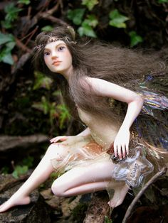 I like her bottle of wishes. nenufar blanco dolls | Nenúfar Blanco Fairy Dolls - GEEKISS