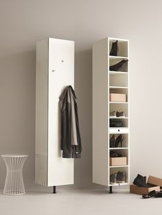 Metro Schuhschrank : Clothes hooks & stands by BoConcept Germany GmbH Boconcept, Small Space Living, Small Spaces, Home Interior Design, Interior Decorating, Home Organisation, Space Interiors, Cabinet Styles, Storage Spaces