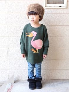 去年買ったスリコのファー帽♡ 今年はサイズぴったりに なりました(◍′◡‵◍) 👕ペリカンニット