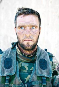 El rostro de un soldado luego de un combate de 72 horas.