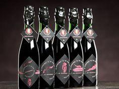 Jacobsen Vintage No. 1 y No. 2. Sin duda, son las cervezas más caras del mundo. Su costo es de 270 euros por botella;  El toque especial son los seis meses de maduración en barricas nuevas de roble; además, durante su elaboración se le integran aromas como: vainilla, humo y caramelo.