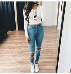 cute long sleeves outfits for the summer Modest Summer Outfits, Cute Outfits For School, Cute Winter Outfits, Cute Outfits For Kids, Summer Outfits Women, Outfits For Teens, Casual Outfits, Fashion Outfits, White Crop Top Outfit
