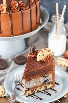 Oreo Brookie Layer Cake - a layer of chocolate chip cookie cake, oreo cake, and…