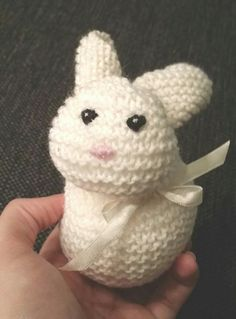 A wittle bunny wabbit Easter Eggs, Bunny, Teddy Bear, Knitting, Toys, Projects, Rabbit, Activity Toys, Log Projects