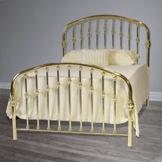 112 Brass Bed with decorative straight spindles and arched headboard from Brass Beds of Virginia Brass Headboard, Brass Bed, Headboard And Footboard, Headboards, Art Deco Furniture, Antique Furniture, Rainbow Bedding, Brass Coffee Table, Metal Beds