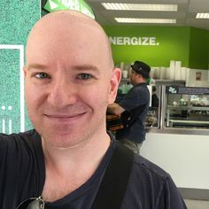"""I met """"Flashpoint"""" and """"Just Shoot Me!"""" actor Enrico Colantoni!  On Friday after Charlène left I went to @freshii_university again. The day before @ziddi had recognized me as a celebrity. This day I heard her squealing at another customer. I went over and asked who the guy was. She whispered """"Flashpoint"""". I've never watched the show but I've seen commercials. So I sort of recognized him. As you know I'm not good at going up to celebs. So I took this secret selfie. Then I started filming the…"""