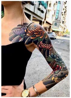 Colorful Sleeve Tattoos, Arm Sleeve Tattoos, Sleeve Tattoos For Women, Black Sleeve Tattoo, Japanese Tattoo Women, Japanese Tattoo Designs, Japanese Sleeve Tattoos, Pretty Tattoos, Beautiful Tattoos