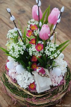 Easter, Table Decorations, Embroidery, Spring, Home Decor, Carnavals, Needlepoint, Decoration Home, Room Decor