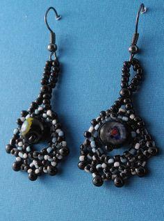 Black and Speckled Hoop Earrings by BeadafulDesignsbyDL on Etsy, $19.00