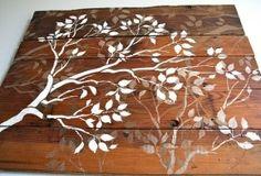 Madeira decorada com stencil