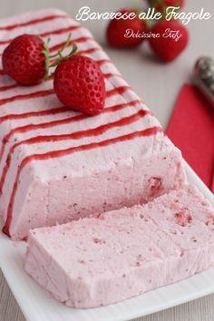 Bavarese alle fragole Frozen Desserts, No Bake Desserts, Delicious Desserts, Dessert Recipes, Oreo Cheesecake, Italian Desserts, Ice Cream Recipes, Frozen Yogurt, Flan