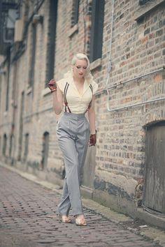 Grey pants with stripped braces #menswear