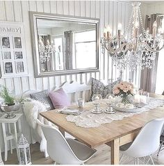 Glam and rustic dining room