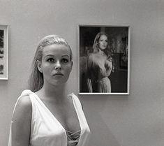 Olinka Berova, Olga Schoberová